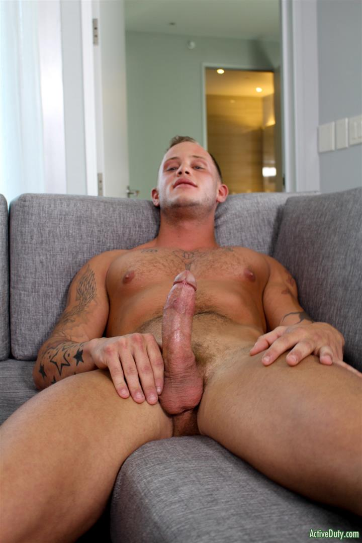 Active-Duty-Zack-Matthews-Muscle-Army-Hunk-Jerks-His-Big-Cock-Amateur-Gay-Porn-11 Blonde Muscle US Army Recruit Zach Matthews Jerks His Big White Cock