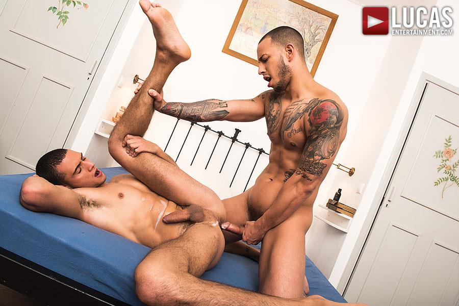Lucas Entertainment Giovanni Matrix and Javi Velaro Bareback Breeding Amateur Gay Porn 09 Tatted Giovanni Matrix Breeds Javi Velaro With His Big Uncut Cock